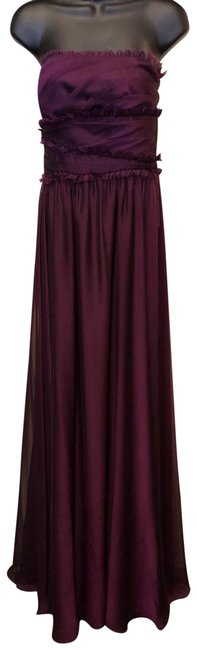Preload https://img-static.tradesy.com/item/25059810/monique-lhuillier-plum-strapless-gown-long-formal-dress-size-4-s-0-1-650-650.jpg