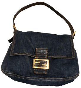 Fendi Bags on Sale - Up to 70% off at Tradesy 19407fb1f83dc
