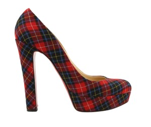 28b3f4552ea Red Christian Louboutin Pumps Chunky Up to 90% off at Tradesy