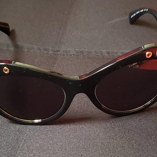 1b1b7e131941b Versace Versace sunglasses that can have optical lenses inserted Image 2