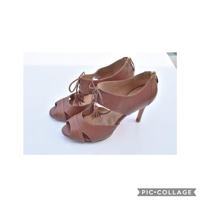 Item - Tan Heeled Sandals Size US 6.5 Regular (M, B)