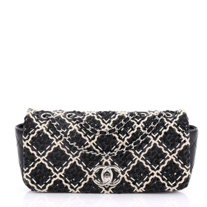 870f1c1a9989 Chanel Clutches - Up to 90% off at Tradesy