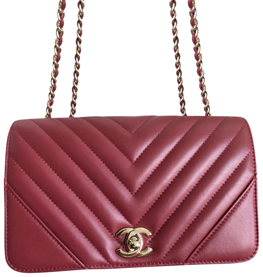 1f1ecff110d40 Chanel Classic Flap Small Chevron Red Leather Cross Body Bag - Tradesy