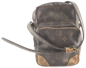 Louis Vuitton Bags on Sale - Up to 70% off at Tradesy deaf1e533be04