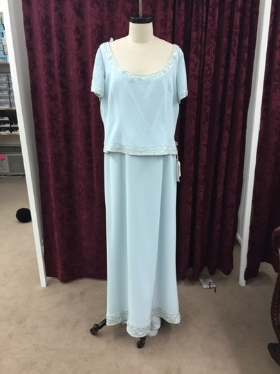 Cameron Blake Ice Blue Silky Crepe 17600 Formal Bridesmaid/Mob Dress Size 18 (XL, Plus 0x) Image 0