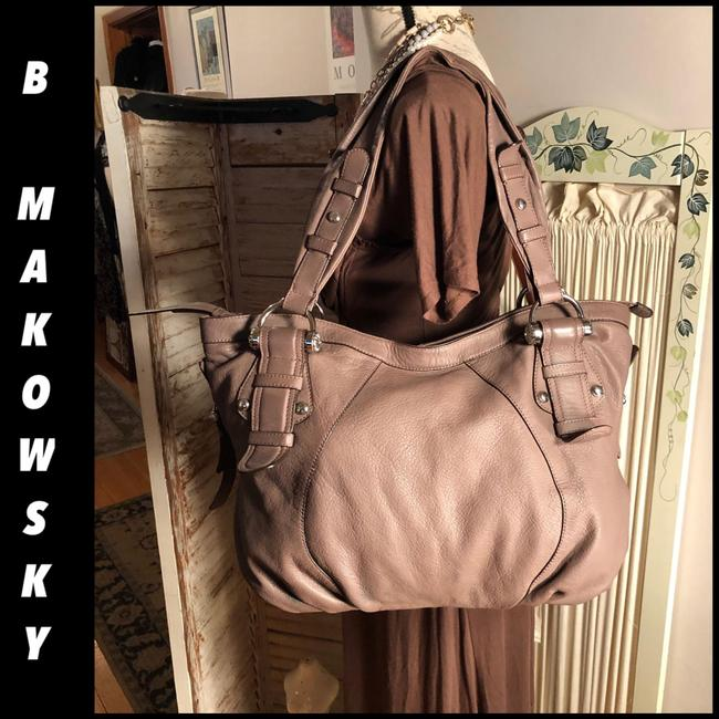 Item - Shoulder XL Style Milk Chocolate Brown/Silver Pebbled Leather/Polyester Interior Hobo Bag