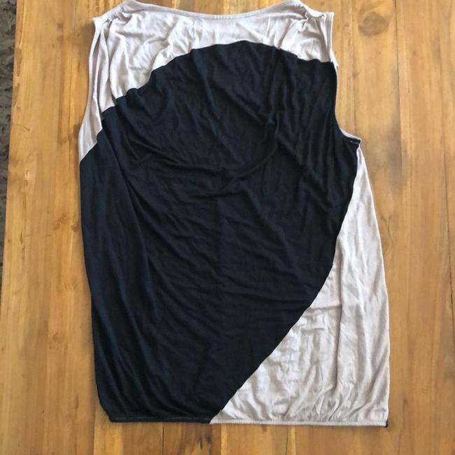 Item - Black and Beige Modern Tunic Size 6 (S)