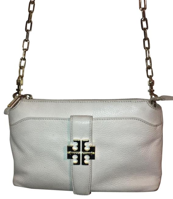 Item - With Gold Emblem White Leather Cross Body Bag