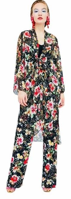 Item - Kimono Floral Print And Pant Suit Size OS (one size)