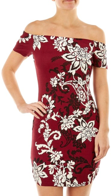 Item - Red Bodycon Short Casual Dress Size 12 (L)