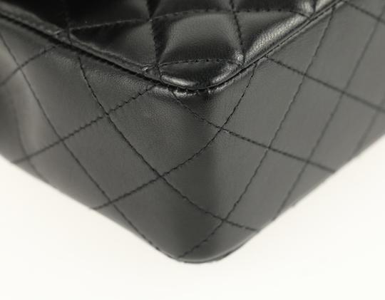 Chanel Leather Cross Body Bag Image 4
