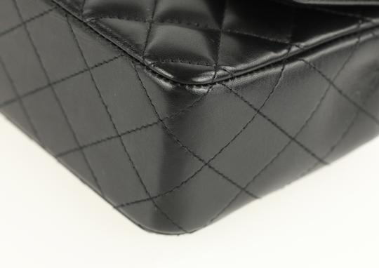 Chanel Leather Cross Body Bag Image 6
