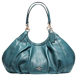 05cbd99397 Coach Shoulder Bags - Up to 90% off at Tradesy