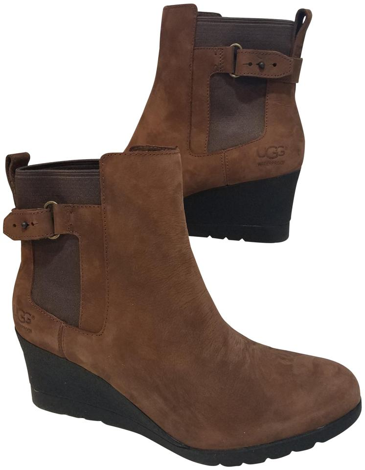 9d2ea91fea9 UGG Australia Stout/ Brown Indra 1017423 Ankle Wedtge Boots/Booties Size US  9.5 Regular (M, B)