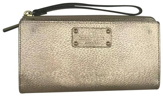 b02d078ef204 Kate Spade Layton Wellesley Zip Around Wallet 12 Card Slot Gold Leather  Wristlet