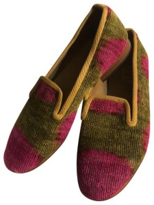 Artemis hot pink and Kelly green Flats