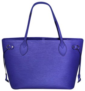 Louis Vuitton Bags on Sale - Up to 70% off at Tradesy 2942a658e2763