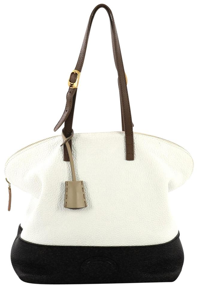15718aeb44 Fendi on Sale - Up to 70% off at Tradesy