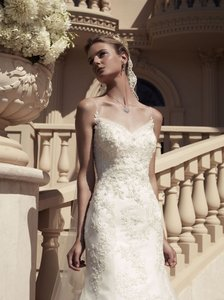 Casablanca Ivory Beaded Lace On Iridescent Organza Over Satin 2117 Sexy Wedding Dress Size 6 (S)