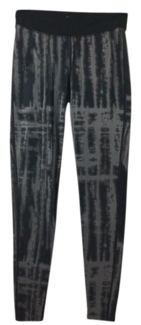 Item - Black & Gray Compression Printed Activewear Bottoms Size Petite 6 (S)
