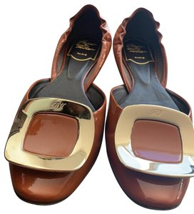 243a179b0b5 Women s Brown Roger Vivier Shoes - Up to 90% off at Tradesy