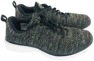 Athletic Propulsion Labs black Athletic