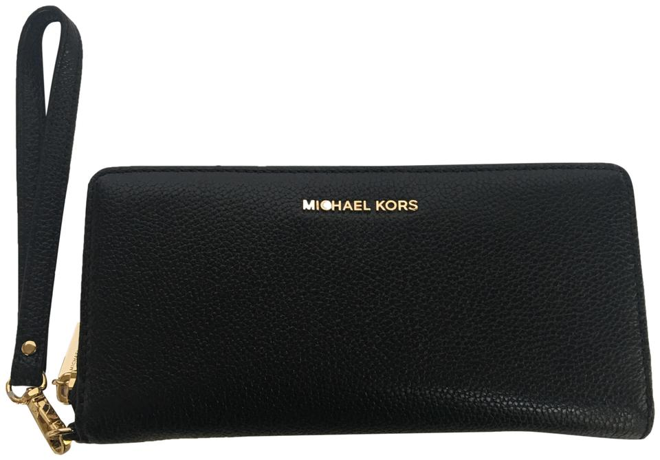 Michael Kors Mercer Travel Continental Zip Around Wallet Black Leather Wristlet 45% off retail