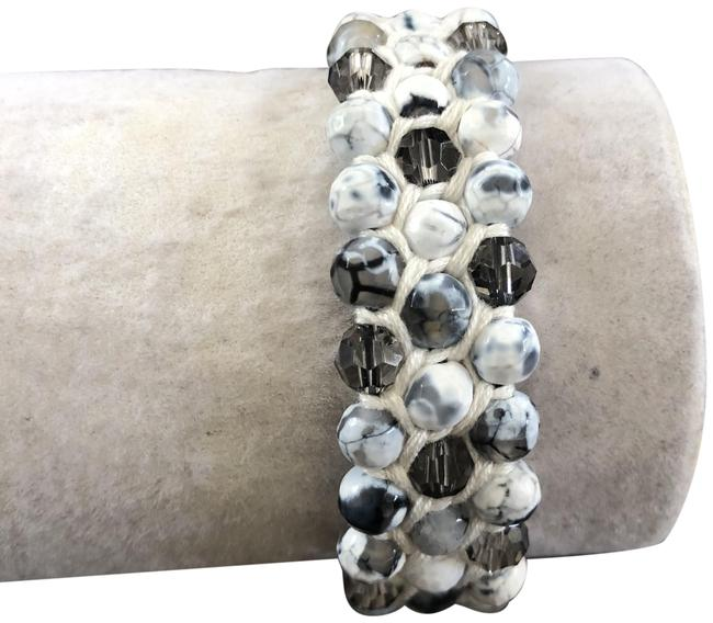 Item - Black & White New Fire Agate Mix Pull Tie Bracelet