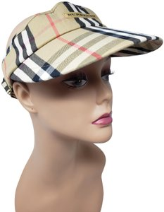 eff369e513e Burberry Beige multicolor canvas Burberry Golf Nova Check plaid visor