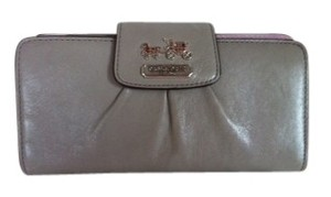 Coach Coach Madison Leather Wallet