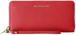 Michael Kors Michael Kors Jet Set Travel Bright Red Saffiano Continental Wallet