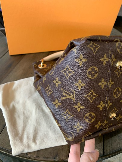 Louis Vuitton Totes Shoulder Bags Monogram Handbags Lv Hobo Bag Image 11