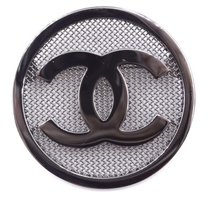 Chanel RARE CC Round Mesh textured Ruthenium hardware brooch pin charm