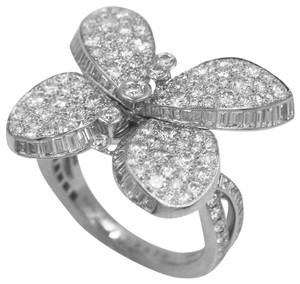 Graff Princess Butterfly Ring with Pavé Diamonds
