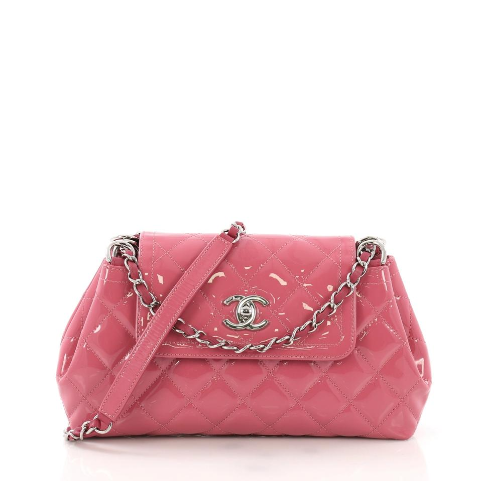 58a54ab8576a Chanel Classic Flap Coco Shine Accordion Quilted Small Pink Patent ...