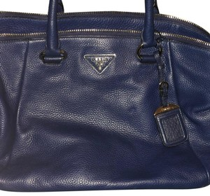 c676355fb225 Prada Bags on Sale - Up to 70% off at Tradesy