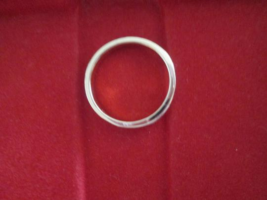 jcp New gold/white costume jewelry ring. Approx. size 5 Image 3