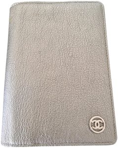 Chanel New 07C A33930Y04074 Agenda - orig. inserts, ID Card, Box - Never used