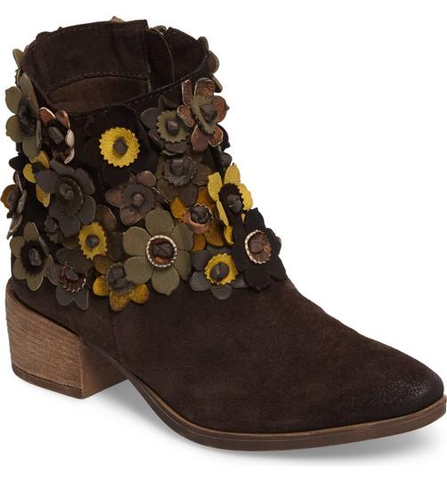 Anthropologie 3-d Flower Floral Floral Applique Sheridan Mia Floral NEW Sunflower Brown Suede Boots Image 2