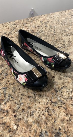 Anne Klein Aricia Black floral Flats Image 5