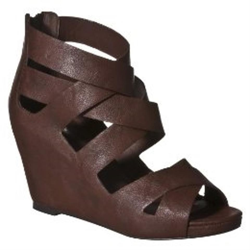 b6269300bf0 Mossimo Supply Co. Wedge Platform Strappy Brown Sandals Image 11.  123456789101112