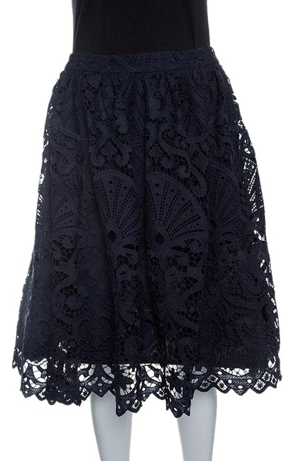 Preload https://img-static.tradesy.com/item/25080443/alice-olivia-blue-sapphire-guipure-lace-gathered-joyce-skirt-size-4-s-27-0-1-650-650.jpg