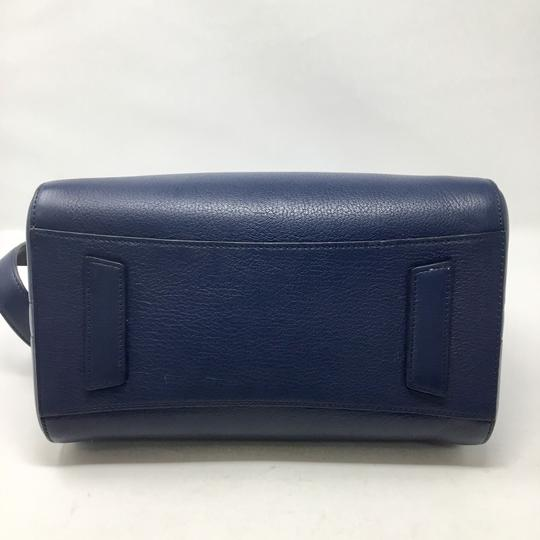 Givenchy Satchel in blue Image 3