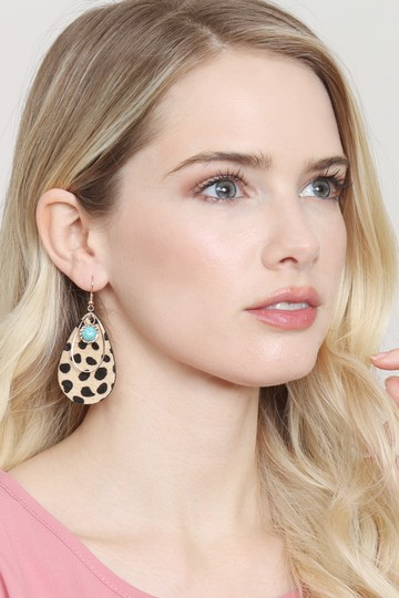 Riah Fashion Animal Print Teardrop Shape Earrings Image 2