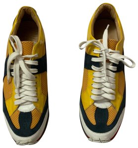 f563da58284d2 MM6 Maison Martin Margiela Sneakers Up to 90% off at Tradesy