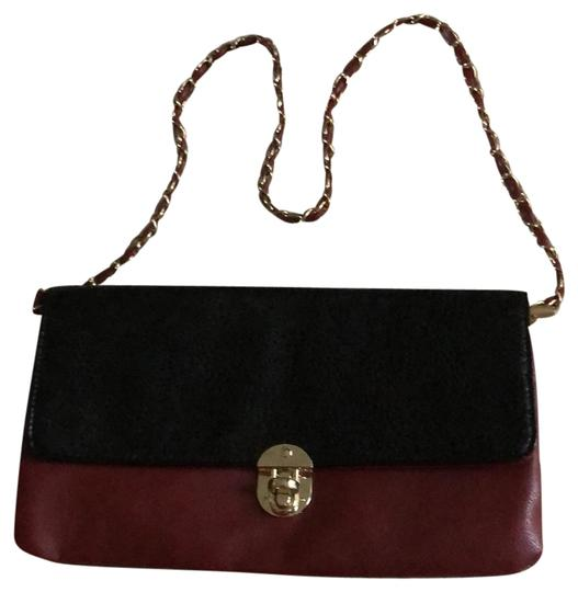 Preload https://img-static.tradesy.com/item/25080646/black-and-burgundy-leather-clutch-0-1-540-540.jpg