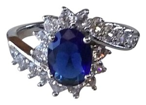 Unknown Blue Sapphire Ring - Women's US Size: (6)