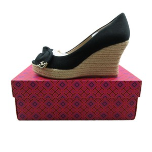 2b73061d93c Tory Burch Wedges on Sale - Up to 70% off at Tradesy