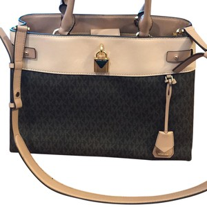 Michael Kors Tote in blush pink and brown