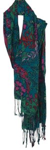Lilly Pulitzer 51% silk 49% cashmere